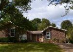 Foreclosed Home en COMO ST, Mc Kenzie, TN - 38201
