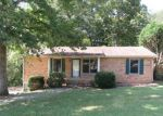 Foreclosed Home en SHORTRIDGE DR, Clarksville, TN - 37042
