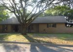 Foreclosed Home en STANTON ST, Brady, TX - 76825
