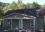 Foreclosed Home en S RIVER AVE, Weston, WV - 26452