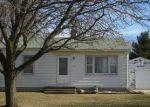 Foreclosed Home en 1ST ST, Waterloo, IA - 50702