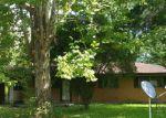 Foreclosed Home en SIMON ST, Lufkin, TX - 75904