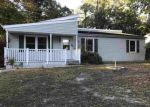 Foreclosed Home en CENTER ST, Tuckerton, NJ - 08087