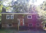 Foreclosed Home en IROQUOIS TRL, Milford, PA - 18337