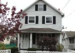 Foreclosed Home en PROSPECT ST, Pittston, PA - 18640