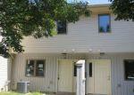 Foreclosed Home en SHORE BLVD, Keansburg, NJ - 07734