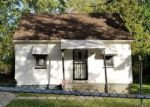 Foreclosed Home en MEADOWLAWN DR, Pontiac, MI - 48340