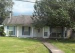 Foreclosed Home en 2ND ST, Pearl River, LA - 70452