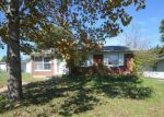 Foreclosed Home en SOUTH ST, Scottsburg, IN - 47170