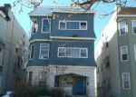 Foreclosed Home en S 18TH ST, Newark, NJ - 07108