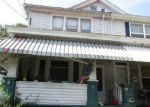 Foreclosed Home en S PINE ST, Summit Hill, PA - 18250