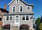 Foreclosed Home en WASHINGTON ST, Whitehall, PA - 18052