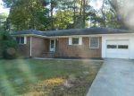 Foreclosed Home en LONGSHORE DR, Decatur, GA - 30032