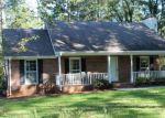 Foreclosed Home en E TUGALO ST, Toccoa, GA - 30577