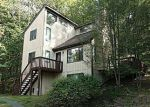 Foreclosed Home en DECKER RD, Bushkill, PA - 18324