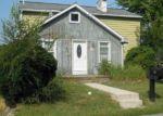 Foreclosed Home en E 8TH ST, Boyertown, PA - 19512