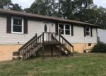 Foreclosed Home en TULIP ST, Browns Mills, NJ - 08015