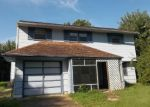 Foreclosed Home in MCCORD DR, Newark, DE - 19713