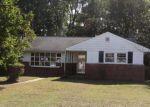 Foreclosed Home en S ELMWOOD AVE, Penns Grove, NJ - 08069