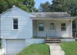Foreclosed Home en JANSEN AVE, Capitol Heights, MD - 20743