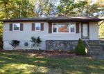 Foreclosed Home en HIGHLAND LAKES RD, Highland Lakes, NJ - 07422