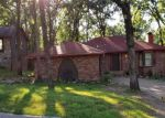 Foreclosed Home en SHAWNEE FOREST DR, Little Rock, AR - 72212