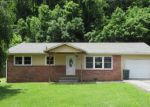 Foreclosed Home in THOMAS BLVD, Elizabethton, TN - 37643