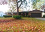 Foreclosed Home en LAURIE DR, Youngstown, OH - 44511