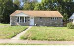 Foreclosed Home en WOODLAWN DR, Bristol, PA - 19007