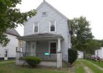 Foreclosed Home en ADELBERT ST, Elyria, OH - 44035
