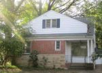 Foreclosed Home en ELMWOOD RD, Cleveland, OH - 44121