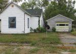 Foreclosed Home en W 2ND ST, Portland, IN - 47371