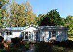 Foreclosed Home en COBBLESTONE CT, Greensboro, NC - 27406