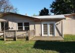 Foreclosed Home en PINEWOOD DR, Frederick, MD - 21701