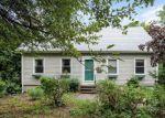Foreclosed Home en MAIN ST, East Hampton, CT - 06424