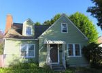 Foreclosed Home en GOLDEN HILL ST, New Britain, CT - 06053
