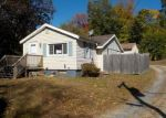 Foreclosed Home en FOREST ST, Naugatuck, CT - 06770