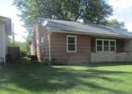 Foreclosed Home en N BOND AVE, Marshall, MO - 65340