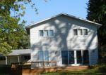 Foreclosed Home en LUKESPORT DR, Quincy, MI - 49082