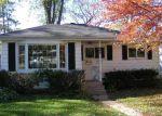 Foreclosed Home en DALTON AVE, Mundelein, IL - 60060