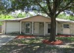 Foreclosed Home en GALEWOOD CIR, Tampa, FL - 33615