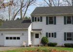 Foreclosed Home en BACH LN, South Hadley, MA - 01075