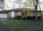 Foreclosed Home en 4TH ST NW, Faribault, MN - 55021