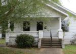 Foreclosed Home en N 20TH ST, Herrin, IL - 62948