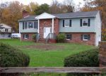 Foreclosed Home en CREST HILL DR, Sussex, NJ - 07461