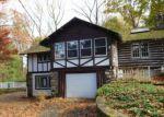 Foreclosed Home en WOODLAWN RD, Sparta, NJ - 07871