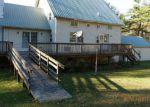Foreclosed Home en MERCURIO WAY, Hampton, NY - 12837