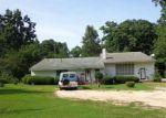 Foreclosed Home en E WADE ST, Wadesboro, NC - 28170