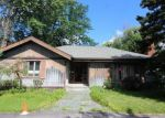 Foreclosed Home en N FOREST RD, Buffalo, NY - 14221