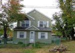 Foreclosed Home en MABEL AVE, Leonardo, NJ - 07737